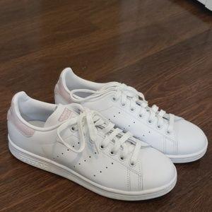 Stan Smith Adidas white/ pink sneakers Sz 7